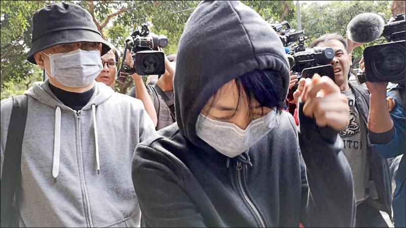 捲入王立強共諜案,香港中國創新投資公司負責人向心(左)、龔青(右)夫婦被台北地院裁准延長限制出境、出海兩個月。(資料照)