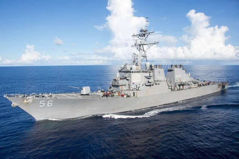 美軍伯克級神盾驅逐艦「馬侃號」4日航行台海,中國解放軍得知消息後,晚間召開記者會時竟稱,美方此舉「干擾地區和平穩定」。(歐新社檔案照)