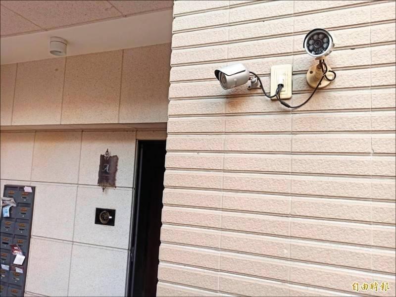 李姓夫妻裝監視器阻止鄰居擋車位,手段用盡後還是只能賣房拒惡鄰。示意圖(資料照)