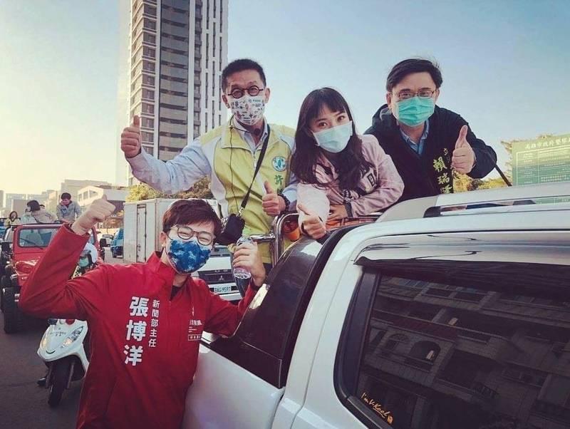 台灣基進新聞部主任張博洋在罷免投票前,為議員黃捷打氣助陣。(台灣基進提供)