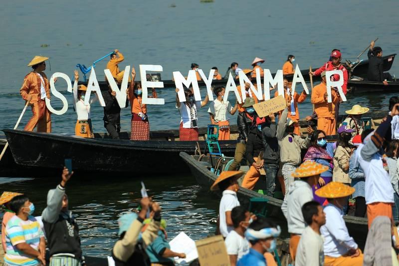 缅甸少数民族掸族11日在掸邦加入反政变示威行动。(法新社)(photo:LTN)