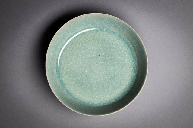 德国1名医师百年前在中国购入1只瓷碗,德国当地博物馆一直以为该碗来自韩国,不料却是北宋文物。(图取自德国德勒斯登国家艺术收藏馆SKD)(photo:LTN)