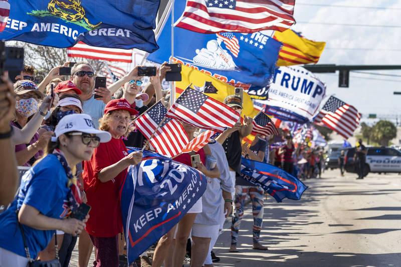 集会发起者称,这次活动旨在支持「美国最伟大的总统」。(美联社)(photo:LTN)