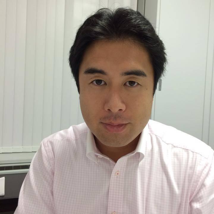 自民黨眾議員白須賀貴樹被拍到10日晚間在高級酒店待到深夜10時,今天宣布退黨以示負責。(取自臉書)