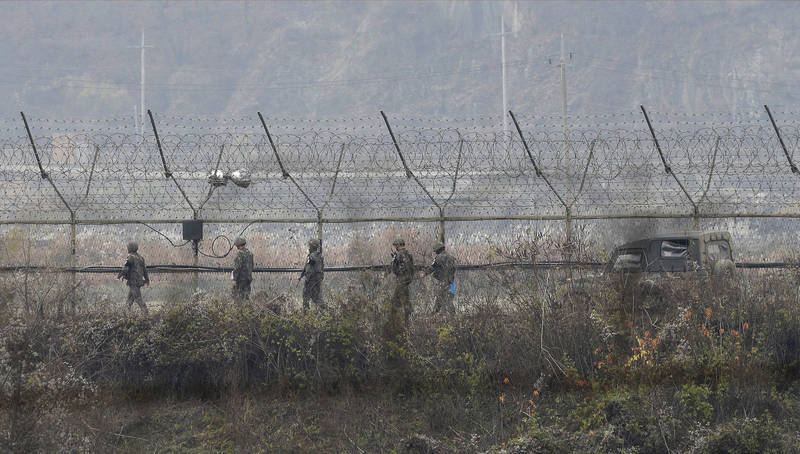 脱北者南逃路径曝光,南韩军方将对此做出处分。(美联社)(photo:LTN)