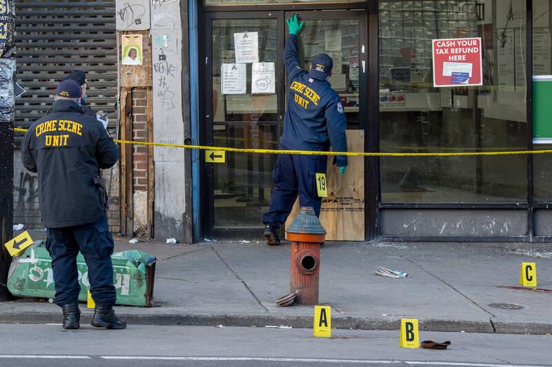 美国费城1处巴士与地铁站附近,当地时间週三下午近3时(台湾时间今天清晨4时左右)惊传枪击案。(美联社)(photo:LTN)