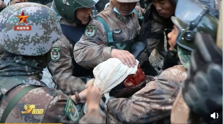 中國官媒今天將去年6月,共軍與印軍的衝突影片曝光後,引發中國網友對官方不滿。(圖取自中國央視)