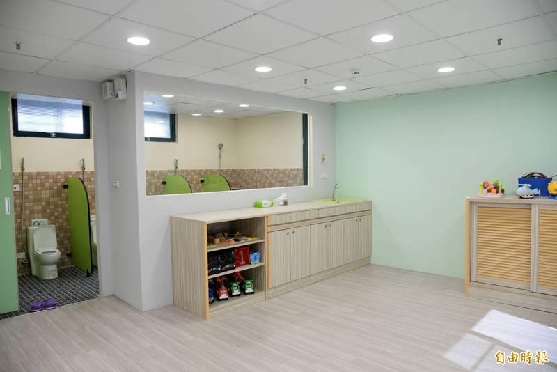 科托嬰中心內設備完善,最多可收托45名嬰幼兒。(記者許麗娟攝)