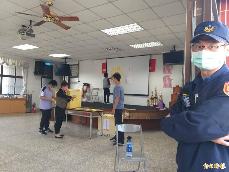 台南市32家基層農會選舉今日完成投開票,台南市農業局表示,投票情況踴躍、順利。(記者王涵平攝)