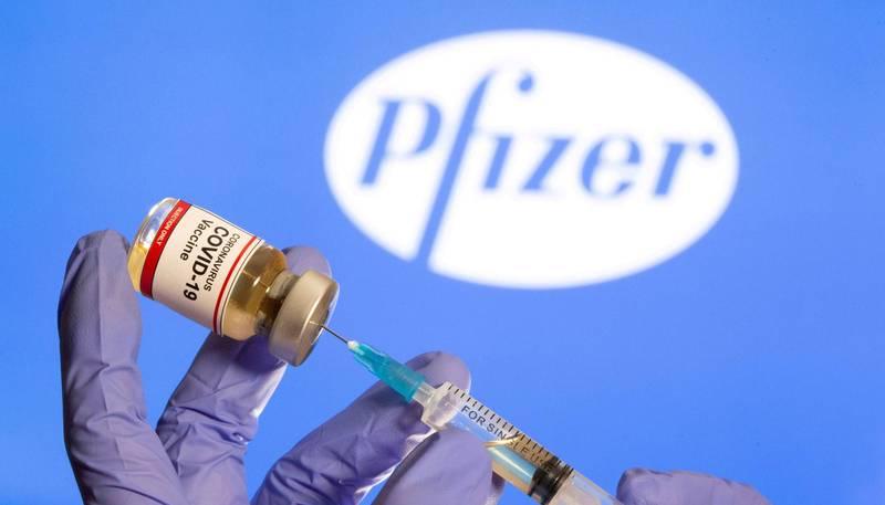 網傳打疫苗恐成無症狀感染者,查核中心釐清3點。示意圖。(路透檔案照)