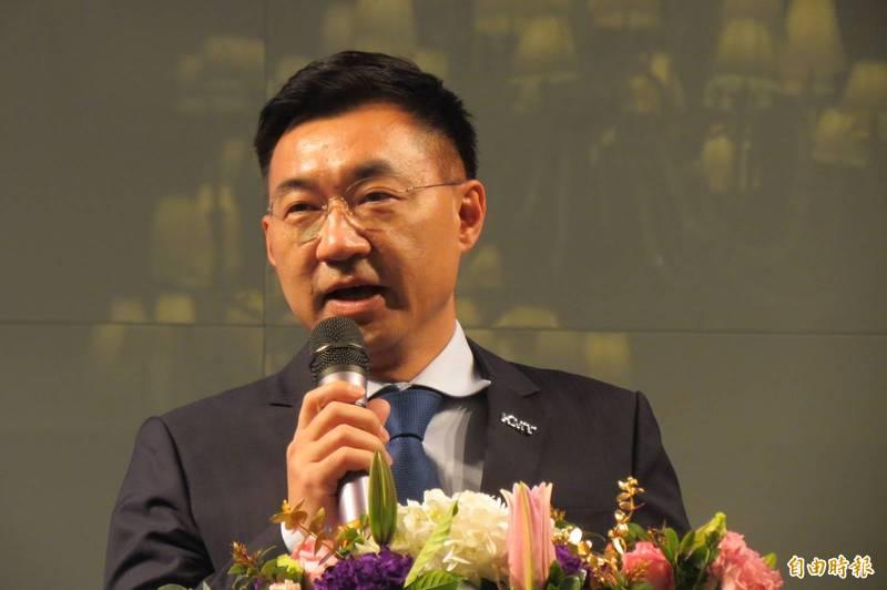 江啟臣強調台灣的民主政治要進步,就要鼓勵更多跳出框框的跨界對話,不須要因為可能被過度詮釋就投鼠忌器,裹足不前。(資料照)