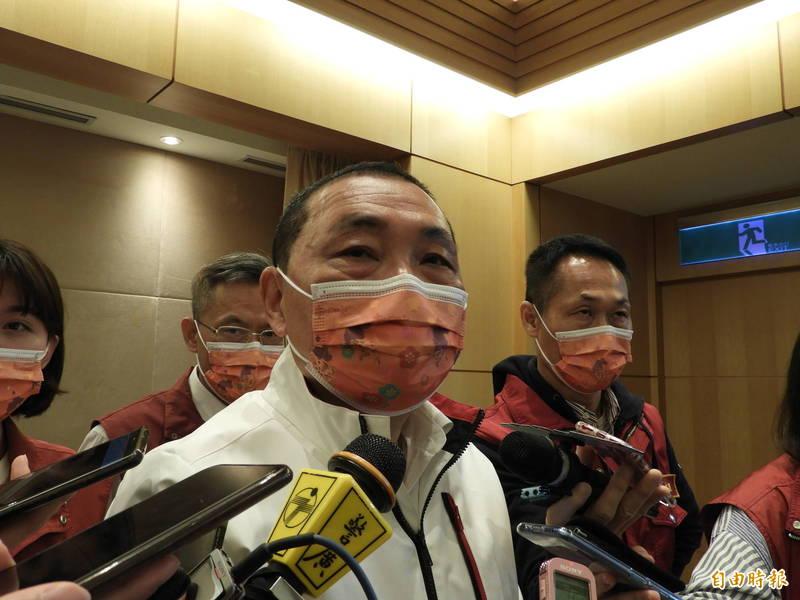 針對國民黨主席參選爆炸,新北市長侯友宜表示,樂見很多人願意出來承擔、做事。(記者賴筱桐攝)