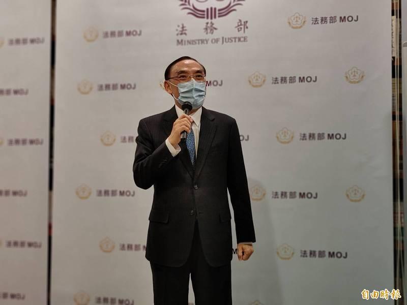法務部長蔡清祥表示兩公約國家報告可在播客上聽到,讓他耳目一新。(記者吳政峰攝)