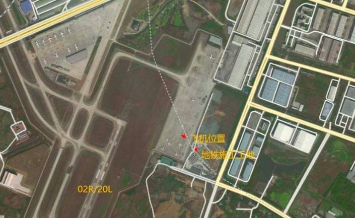 The construction of the Chengdu subway exploded, and iron jets flew through the Regal private jet.  (The picture is taken from the Internet)