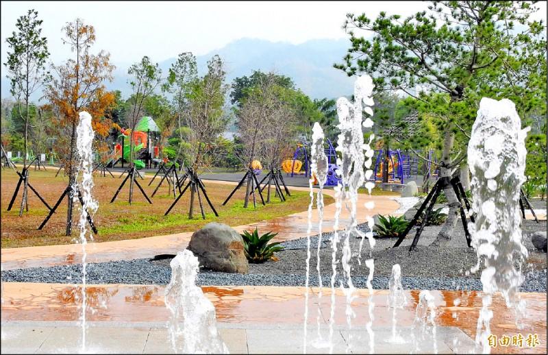 名間鄉苗圃生態休閒公園將增設遊具,打造南投縣首座無年齡差別的大型遊憩公園。(記者謝介裕攝)