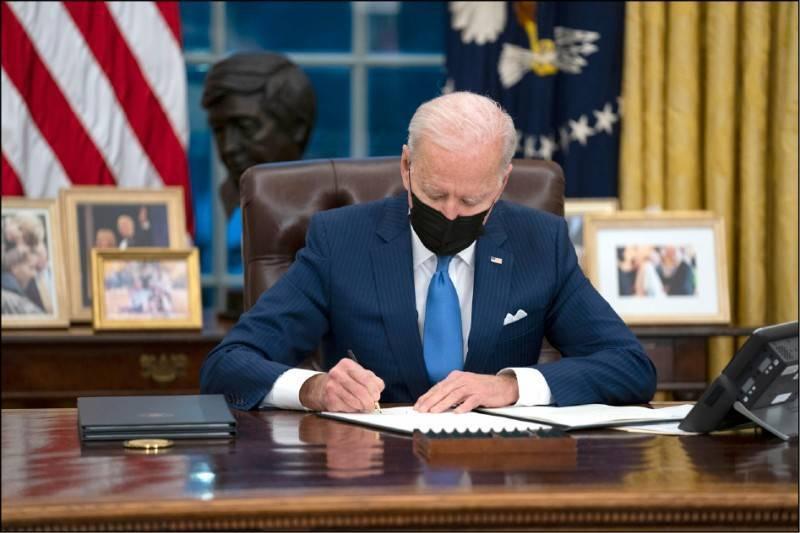 經新聞報導,拜登總統最快本月將簽署行政命令,尋求與台灣、日本、南韓等盟國合作,加速建立半導體及其他戰略性產品供應鏈。(美聯社檔案照)