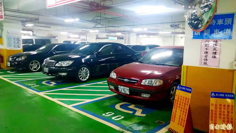 An underground parking lot is pictured in Taipei yesterday. Photo: Tsai Ya-hua, Taipei Times