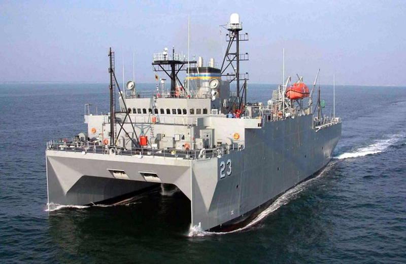 中美雙方2009年曾在南海區域爆發「無瑕號」事件,當時中方船艦用近距離逼船、拋木頭等方式阻止美軍「無瑕號」前進,而「無瑕號」亦以水砲反擊,圖為美軍「無瑕號」測量船。(法新社資料照)