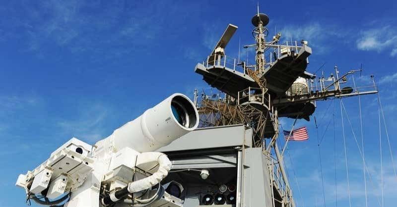 美军正在开发一种能瞬间气化目标物的新型雷射武器。图为美国海军的新型高能量雷射武器系统。(图片取自美国海军官网)(photo:LTN)
