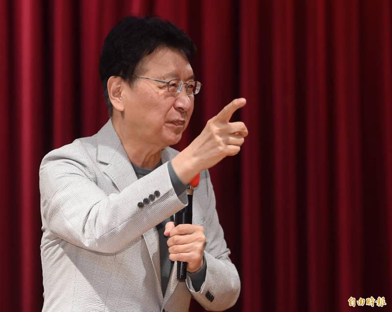 中廣董事長趙少康發新聞稿,呼籲中共當局停止報復,強調台灣農民是無辜善良的,是被「義和團」狹持的,大陸應該以春風取代報復,以雨露照顧農民。(資料照)
