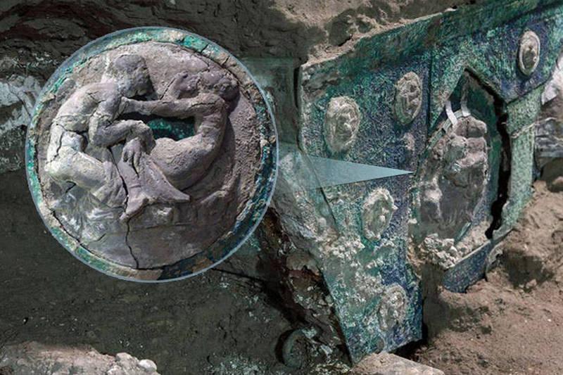 前所未見! 義大利龐貝遺址發現全新精美馬車
