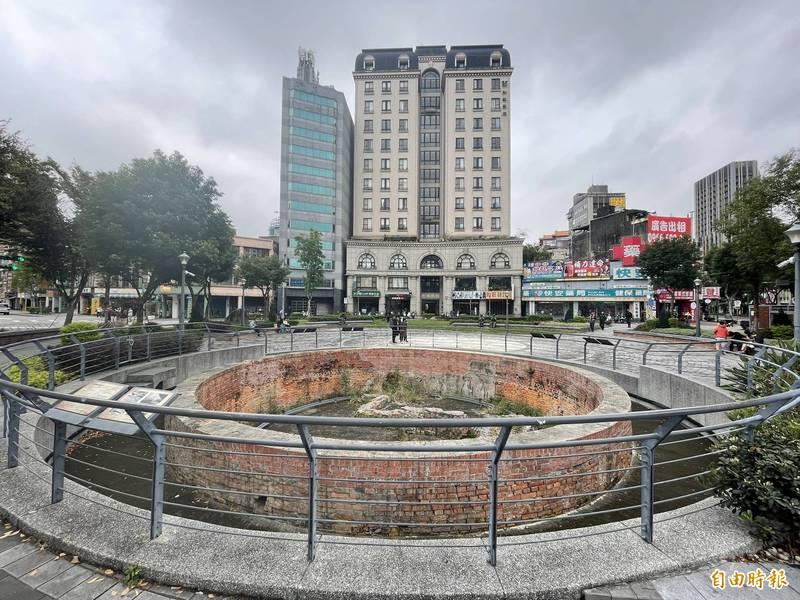 台北建成圓環水舞廣場沒進度 里長喊話:柯文哲「推一把」 - 生活 - 自