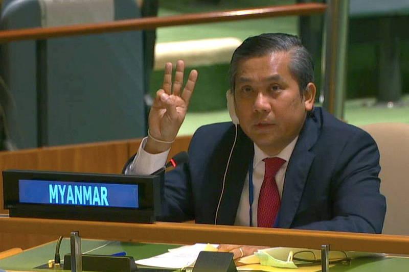緬甸駐聯合國代表覺莫敦26日遭緬甸軍政府撤職,然覺莫敦27日向《路透》表示,將會盡可能反擊,圖為覺莫敦。(路透)