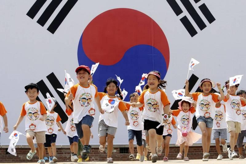 南韓屢屢發生令人髮指的虐童案,為此國會已通過修正案,未來就算是非故意造成兒童死亡的虐童者,最高將面臨死刑。南韓兒童示意圖。(歐新社)