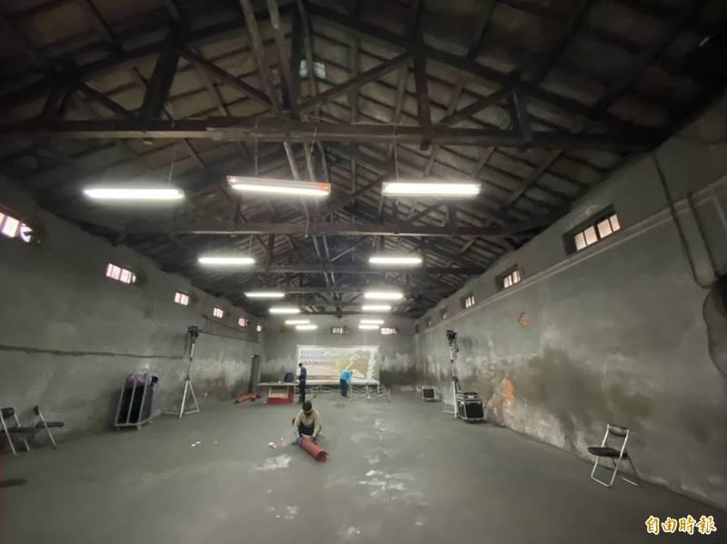 桃園郡米穀統制組合倉庫保存完整,已登錄為歷史建築。(記者謝武雄攝)