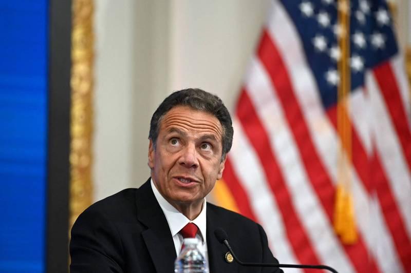 美國民主黨籍紐約州長古莫深陷性騷疑雲醜聞,自家人也呼籲司法應獨立行使調查權。(法新社)