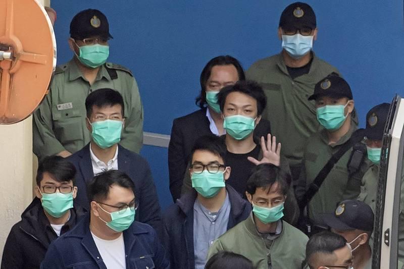 港泛民47人被控違反國安法案 法院明天續審