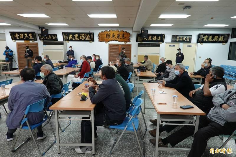 45席新科會員代表齊聚三星地區農會召開大會。(記者江志雄攝)
