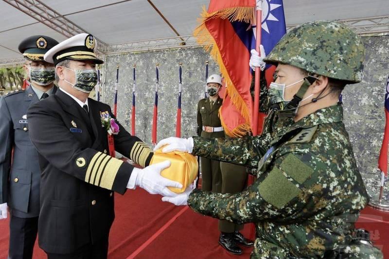 參謀總長黃曙光上將今日主持陸軍步兵109旅編成典禮。(軍聞社提供)