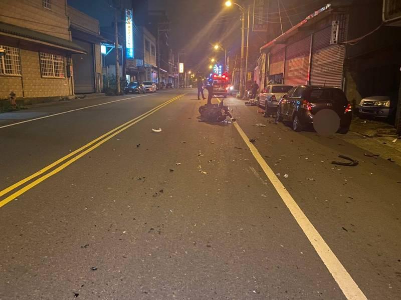 33歲彭姓檳榔西施昨晚酒駕過中央雙黃線,撞飛對向歲許姓騎士,造成許男重傷送醫不治。(記者廖雪茹翻攝)