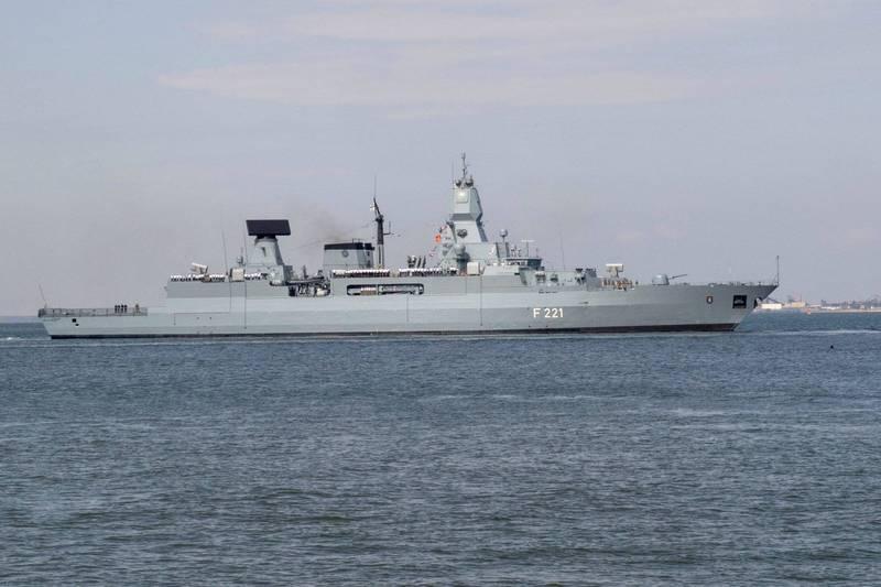 德國派遣護衛艦前往亞太造訪,回程將行經南海。圖為德國薩克森級巡防艦「黑森號」。(路透)
