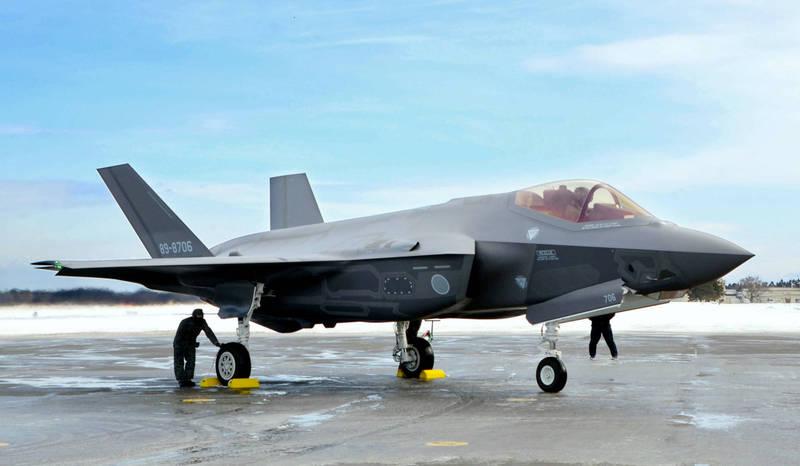 日政府人士透露,F-35戰機或將改變航空自衛隊的防空體系。(美聯社)