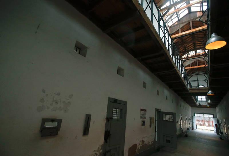 美國亞利桑那州監獄被爆所使用的管理系統有嚴重錯誤,無法計算囚犯假釋的時間。美國監獄示意圖。(法新社)