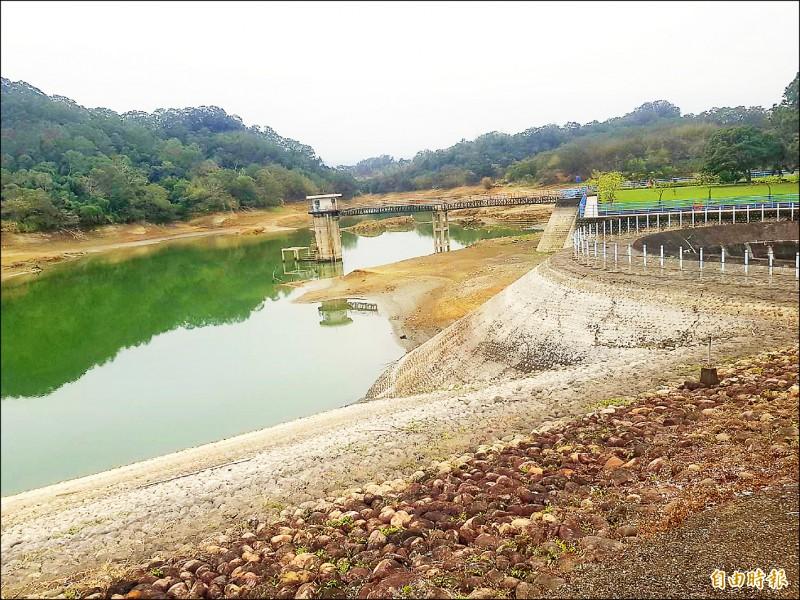 水公司將從寶山水庫新增一條芎林支援管線,最快4月底完工。圖為寶山水庫現況。(記者廖雪茹攝)