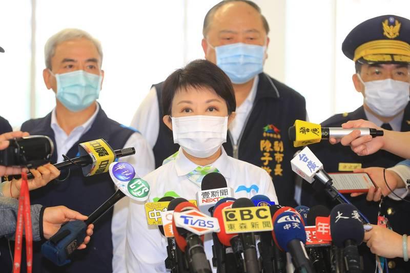 台中捷運藍線暴增327億元,引發各界爭議,台中市長盧秀燕說,是部分路段改地下化,又增加2站體。(記者張瑞楨翻攝)