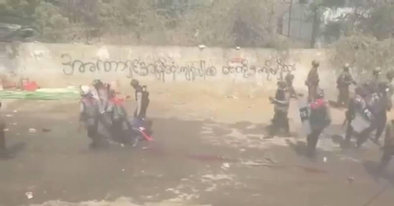 緬甸軍警當街處決平民!屍體隨處可見 血流成河畫面曝光