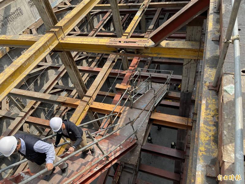 高雄美術館特區建築工地意外,死傷人數增為2死3傷。(資料照)