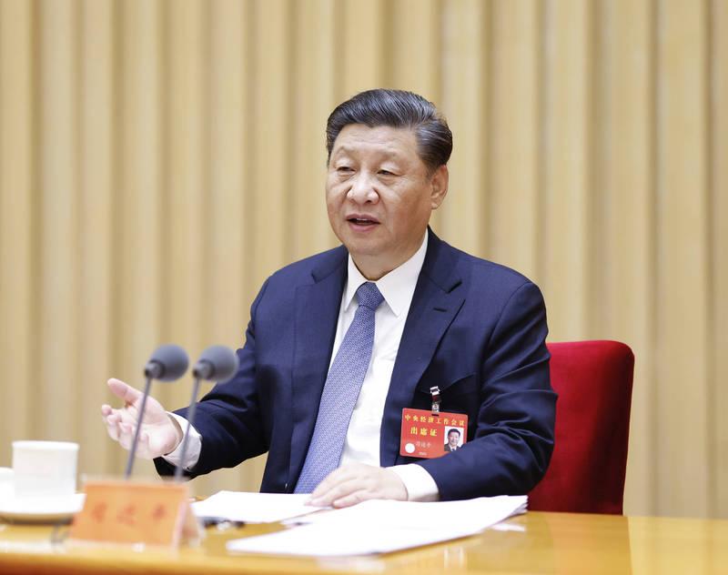 中國問題專家、《中國即將崩潰》的美籍華人作家章家敦指出,中國的經濟出了問題,習近平(見圖)也有意識到這點。(美聯社檔案照)