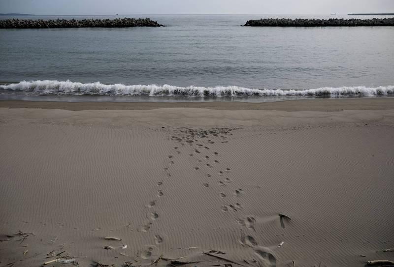 日本311地震即將10週年之際,發現了當年失蹤的遺體。示意圖。(路透)