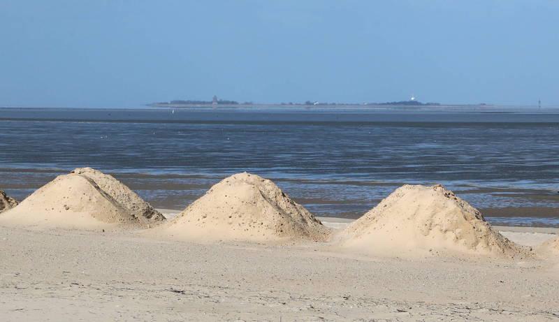 聯合國專家指出,全球每年沙子的消耗量僅次於水。(美聯社檔案照)