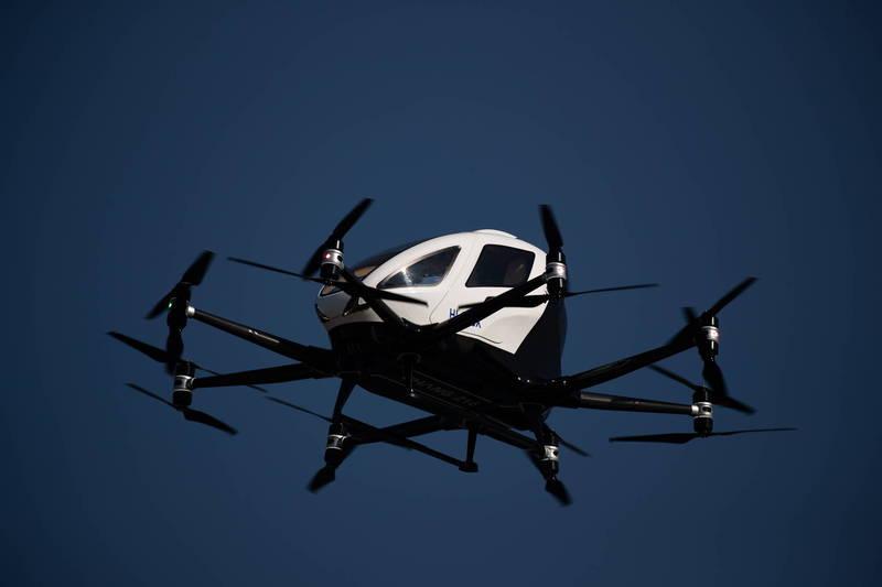 近年來諸多科技大廠投入空中計程車(Air Taxi)相關產業的研發,亞航也打算投入。(示意圖,歐新社)