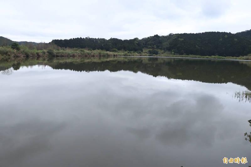 雙連埤為國家級重要濕地,縣政府每年都會提計畫,委請學術單位或荒野進行生態復育工作。(記者林敬倫攝)