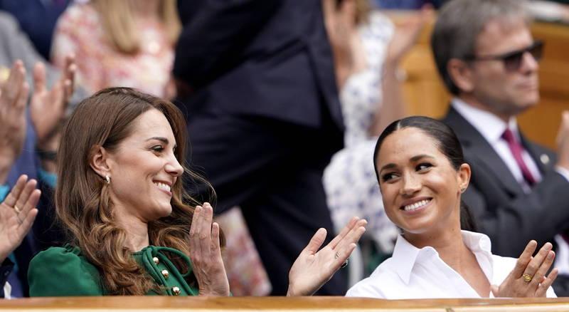 外傳梅根與凱特因為凱特長女夏綠蒂公主的伴娘服款式意見而大吵,惹哭凱特,不過梅根表示現實情況剛好相反。(歐新社)