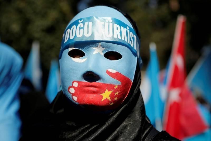 中國政府壓迫新疆維吾爾族人權。(路透)