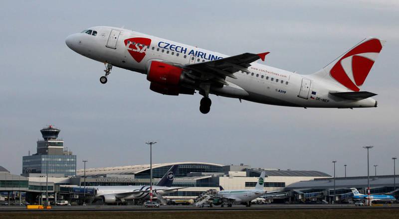 全球第五古老航空公司捷克航空向當地法院聲請破產,目前債務約約新台幣23億。(路透)