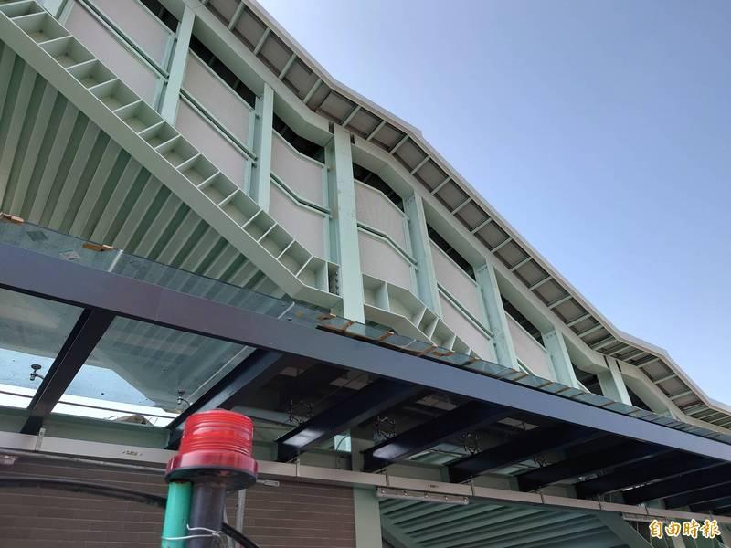 [新聞] 台南後車站將走入歷史 臨時車站掛牌
